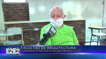 25 -02 -2021  CIUDADANOS SE VACUNAN CONTRA EL COVID EN LA FACULTAD DE ARQUITECTURA.